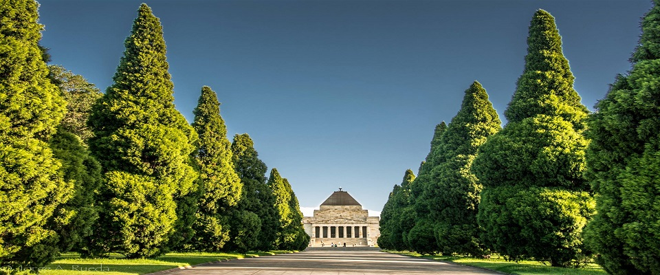Shrine-of-Remembrance-Melbourne-Victoria